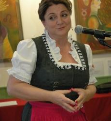 Gombár Mónika