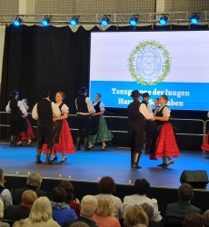 Tanzgruppe junger Haraster Schwaben 3.
